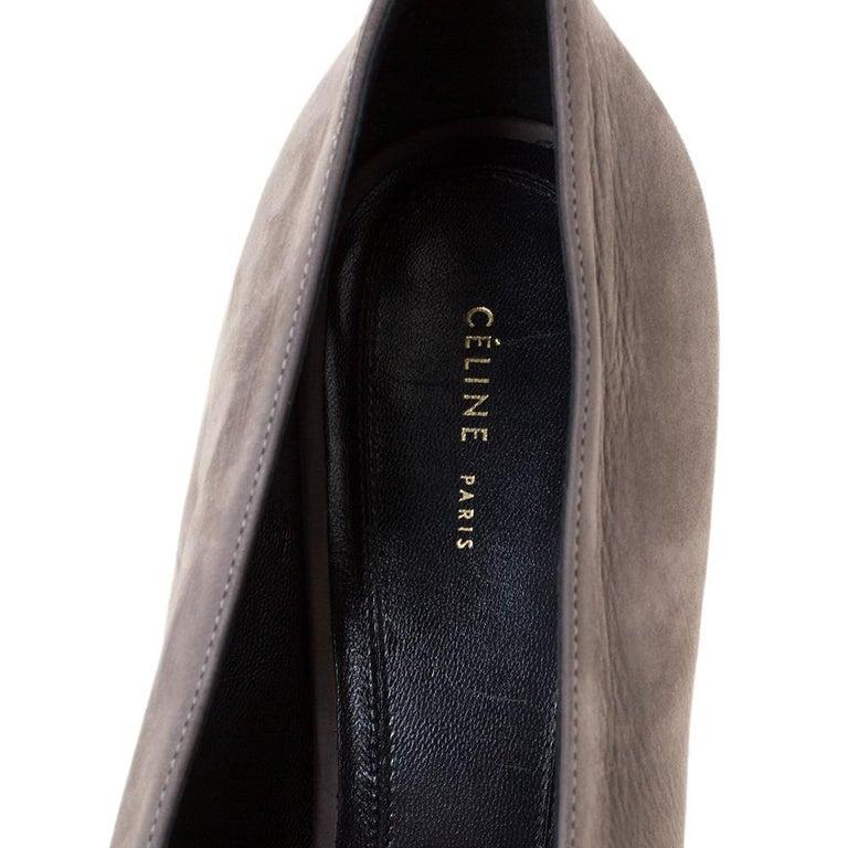 Celine Grey Nubuck Leather V Neck Pointed Toe Pumps Size 38.5 For Sale 1