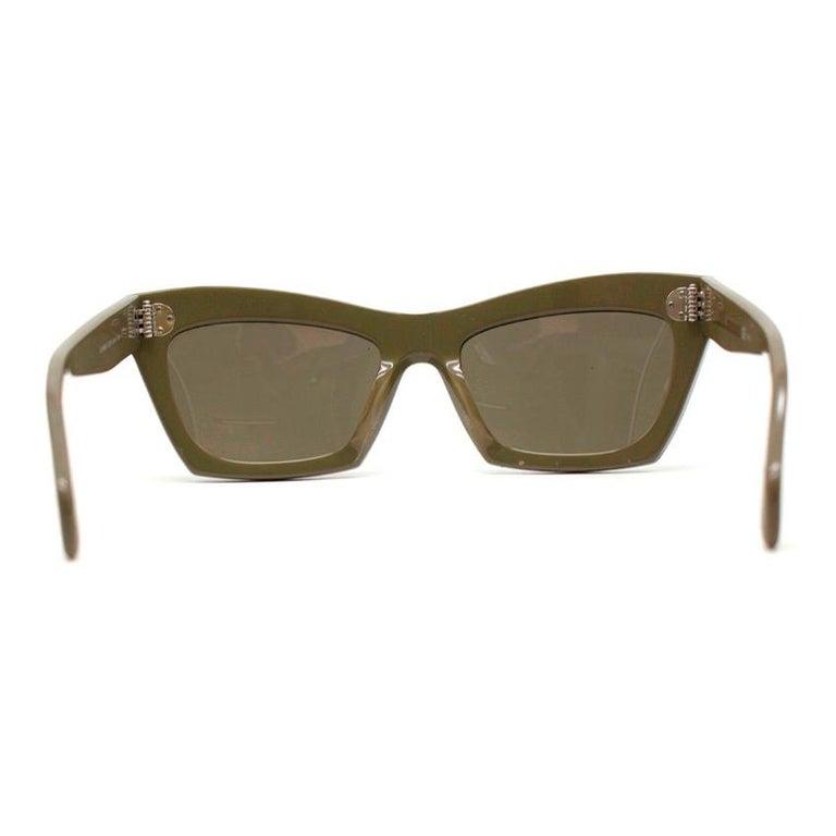 ce8eca9921 Celine Khaki Retro 50er Jahre Sonnenbrille im Angebot bei 1stdibs