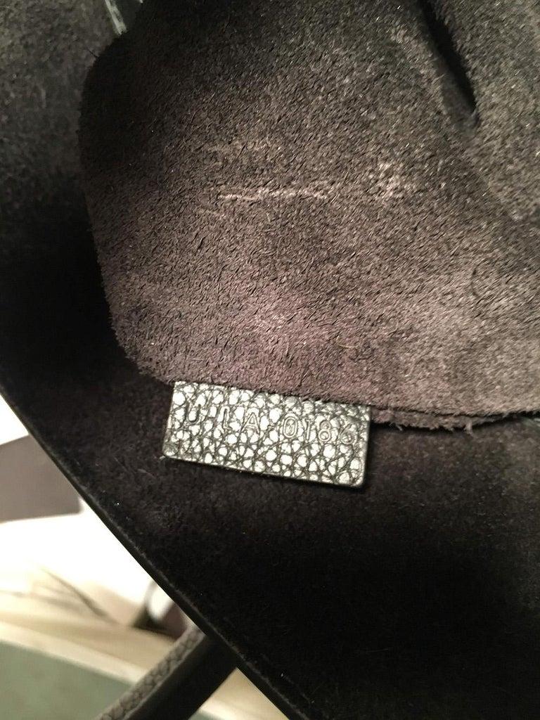 Celine Medium Black Leather Phantom Luggage Tote For Sale 4