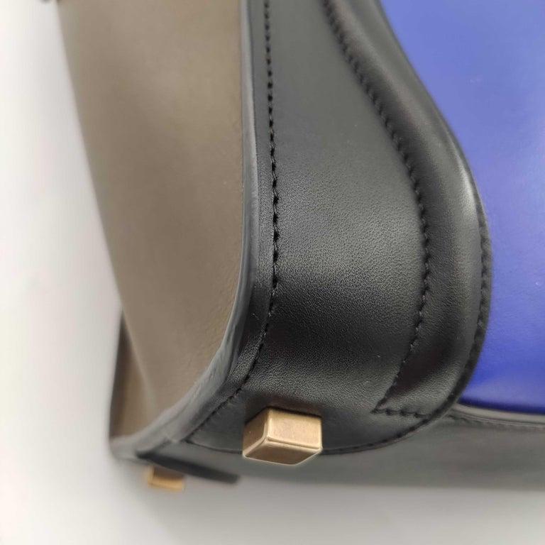 CÉLINE luggage Handbag in Blue Leather For Sale 6