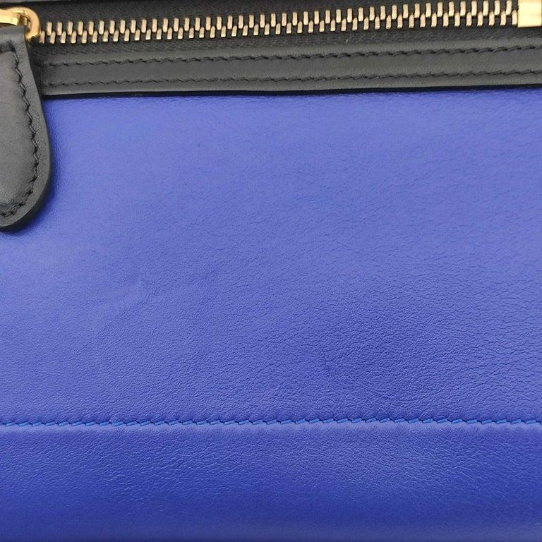 CÉLINE luggage Handbag in Blue Leather For Sale 3