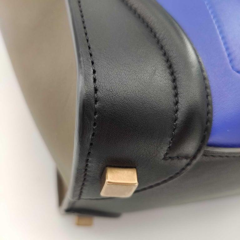 CÉLINE luggage Handbag in Blue Leather For Sale 4