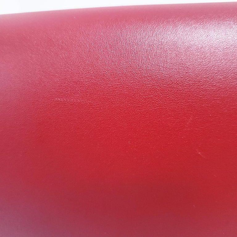 Celine Medium Classic Red Leather Shoulder Bag For Sale 3