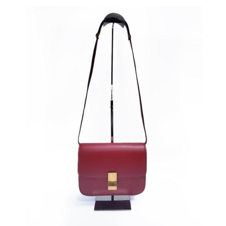 Celine Medium Classic Red Leather Shoulder Bag For Sale 5