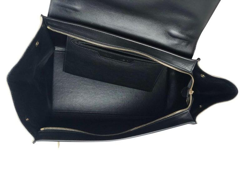Céline Medium Trapeze Bag For Sale 2