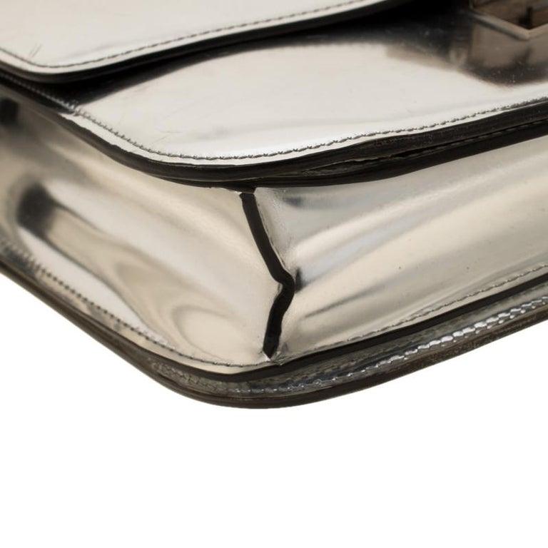 Celine Metallic Silver Leather Medium Classic Box Shoulder Bag For Sale 1
