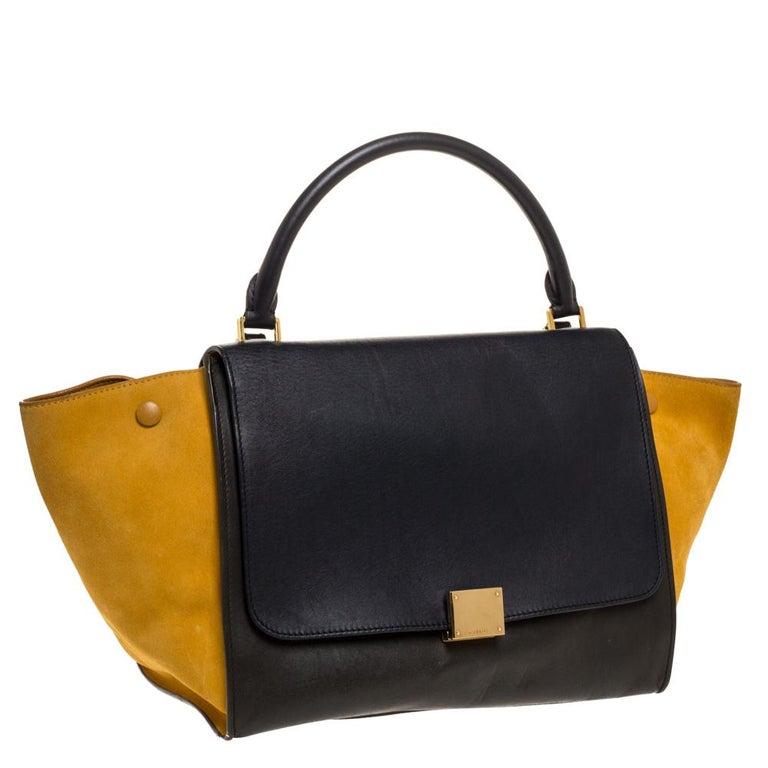 Celine Multicolor Leather and Suede Medium Trapeze Bag In Good Condition For Sale In Dubai, Al Qouz 2