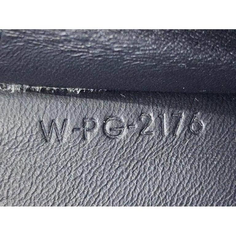 Celine Multifunction Strap Wallet Leather Large For Sale 4