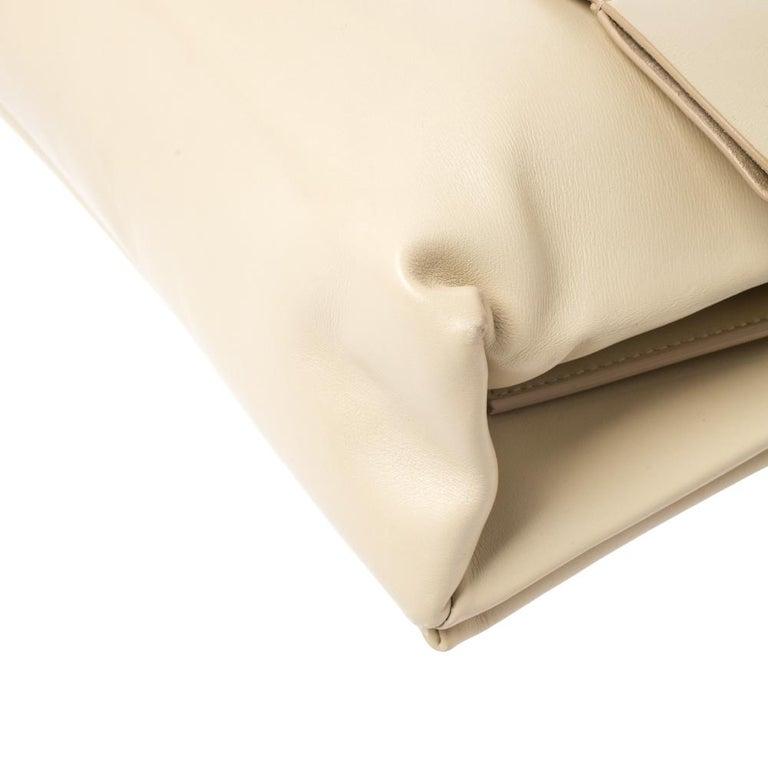 Celine Nude Leather Blade Chain Shoulder Bag For Sale 3