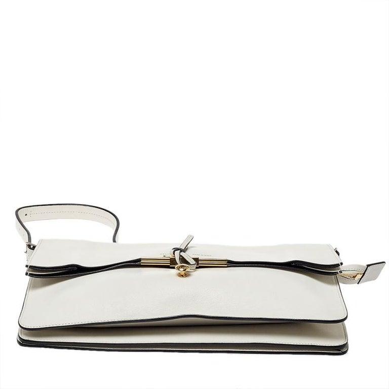 Celine Off White Leather Clasp Flap Shoulder Bag For Sale 6