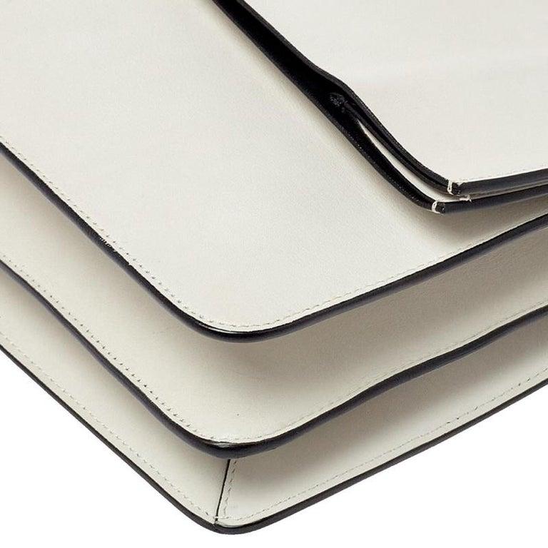 Celine Off White Leather Clasp Flap Shoulder Bag For Sale 2