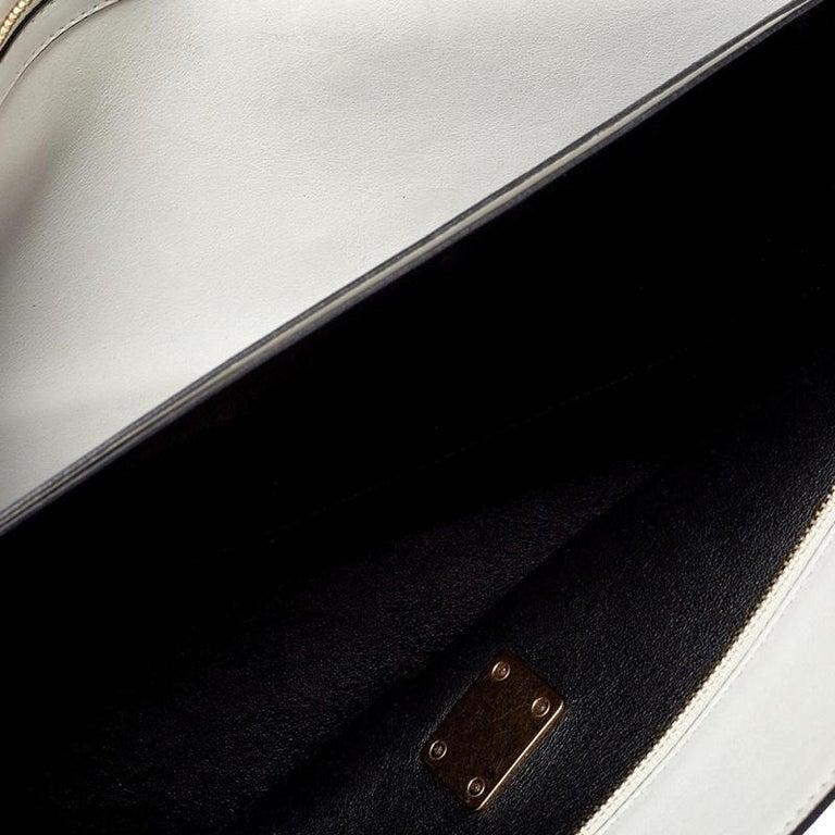 Celine Off White Leather Clasp Flap Shoulder Bag For Sale 3