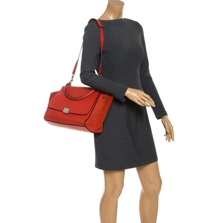 Celine Orange Leather and Suede Medium Trapeze Bag In Good Condition For Sale In Dubai, Al Qouz 2