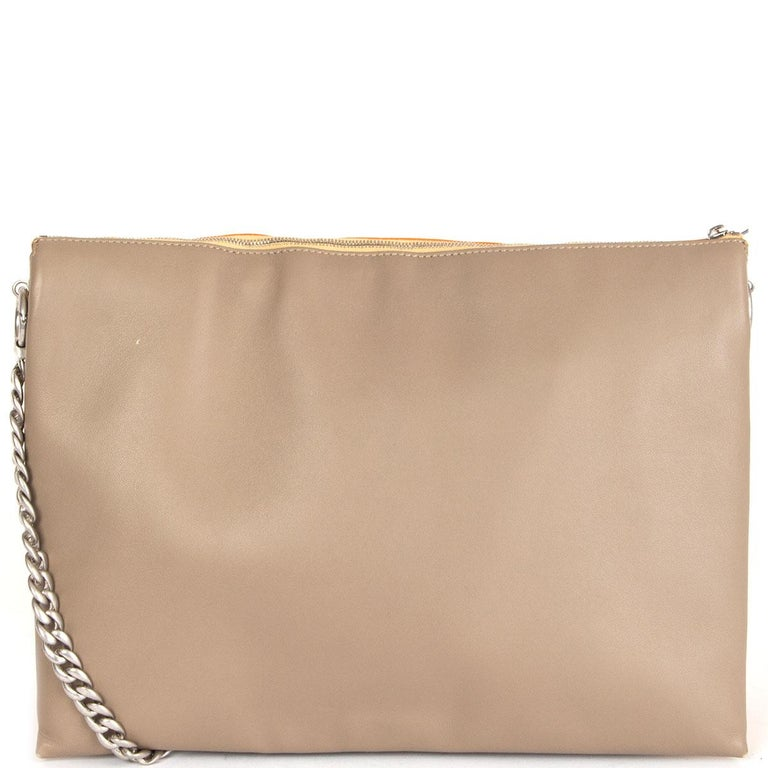 CELINE orange yellow leather TRICOLOR TRIO CHAIN Clutch Shoulder Bag In Good Condition For Sale In Zürich, CH