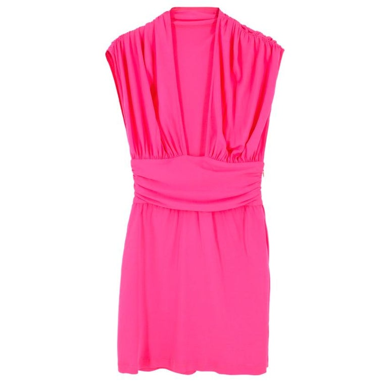 Celine pleated dress  Featuring: -sleeveless design -deep neck cut-out -concealed side zip fastening -pleats detail -mid length  Condition: 10/10  Approx. shoulders: 46cm bust: 42cm length: 84cm