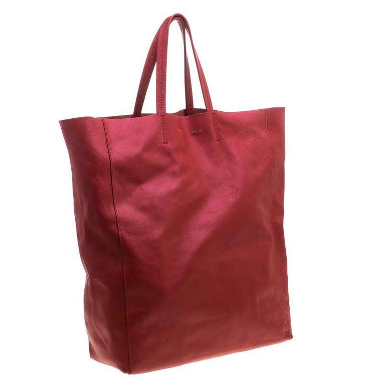 Celine Red Leather Cabas Tote In Good Condition For Sale In Dubai, Al Qouz 2
