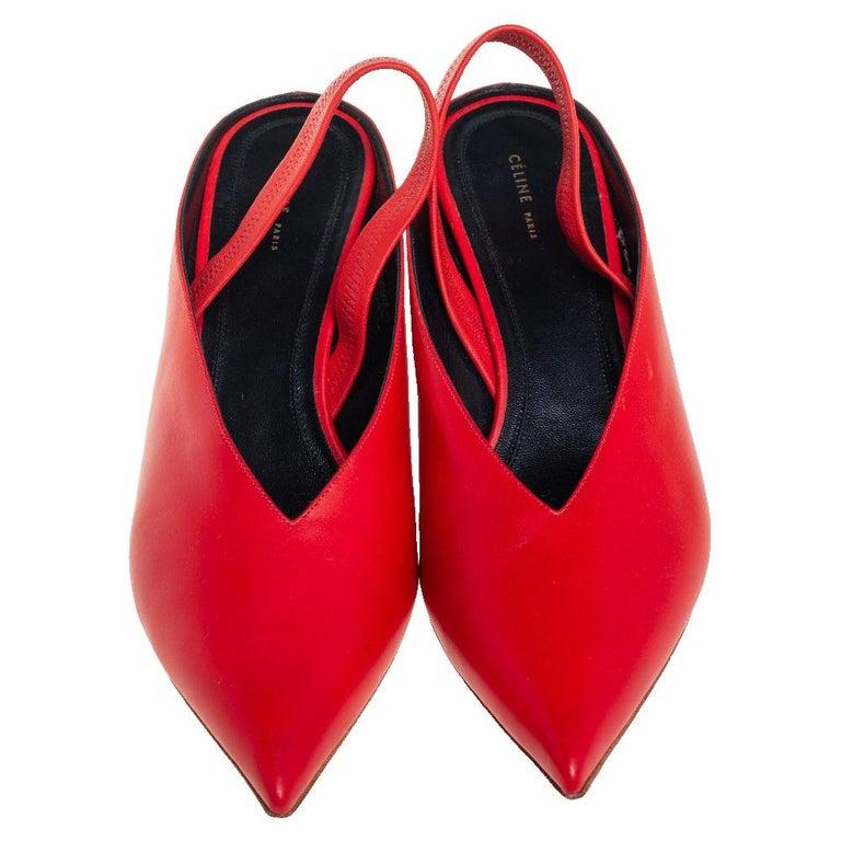 Women's Celine Red Leather V Neck Slingback Sandals Size 38.5 For Sale