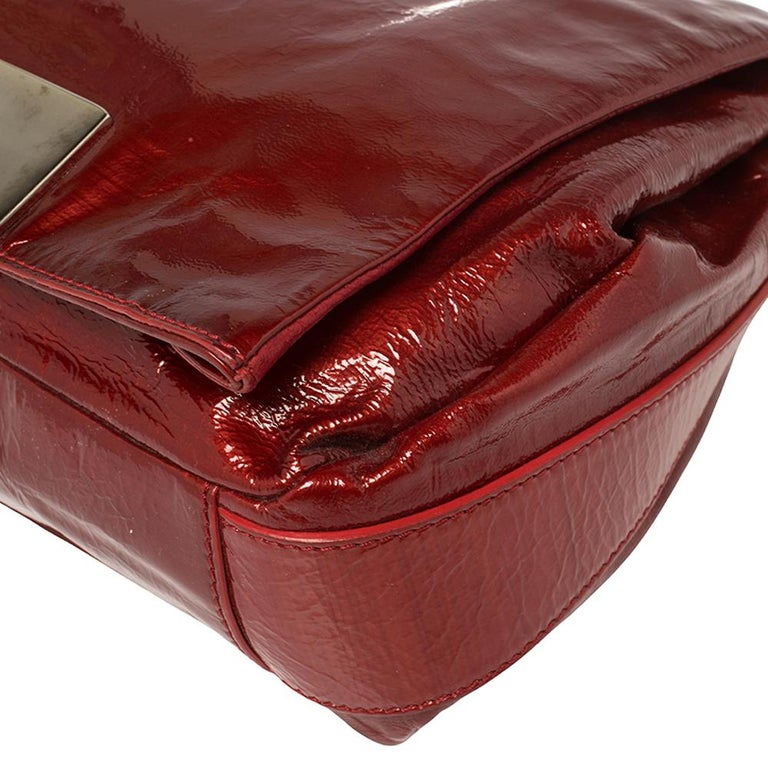 Celine Red Patent Leather Turnlock Flap Chain Bag For Sale 2