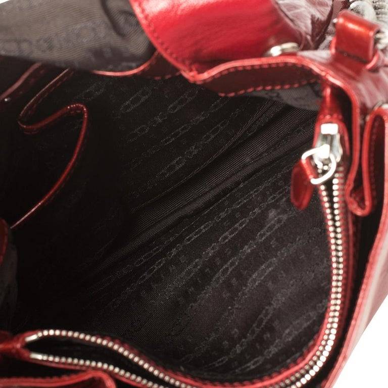 Celine Red Patent Leather Turnlock Flap Chain Bag For Sale 4