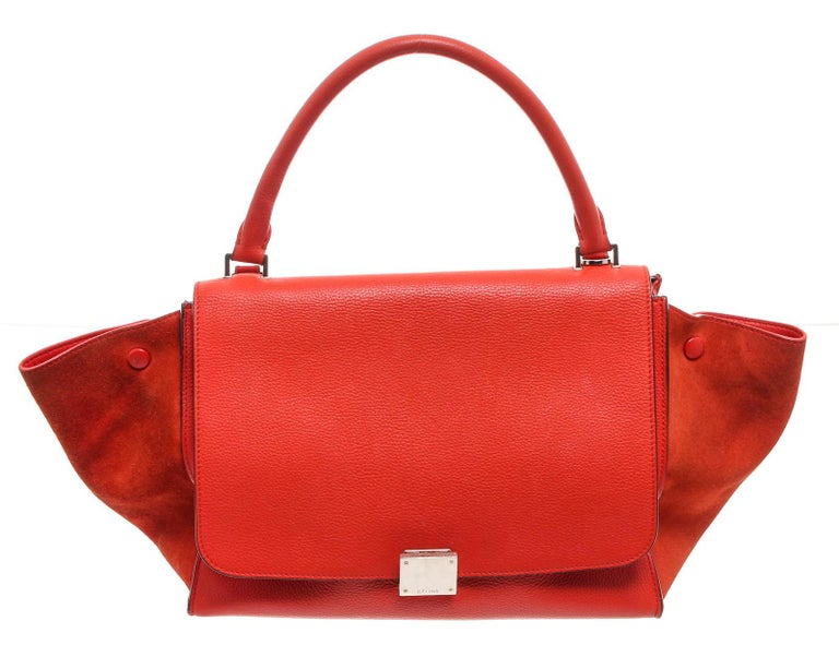 Celine Red Suede Leather Small Trapeze Shoulder Bag In Good Condition For Sale In Irvine, CA