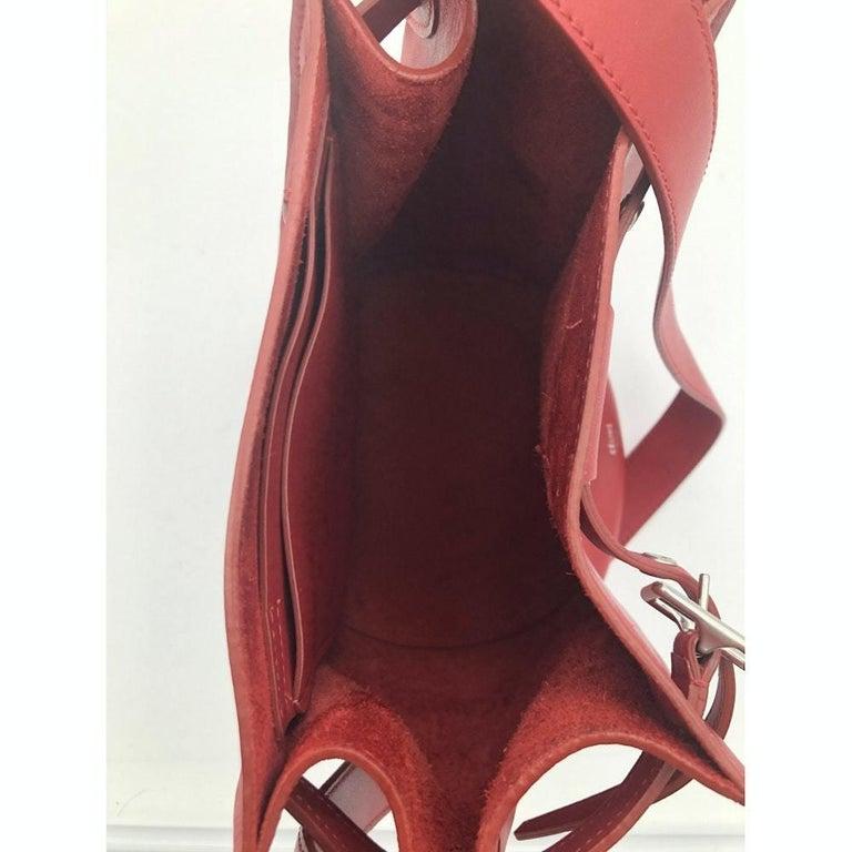 CÉLINE sangle Shoulder bag in Red Leather For Sale 1