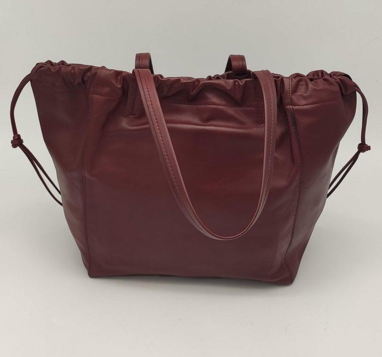Black CÉLINE Shoulder bag in Burgundy Leather For Sale