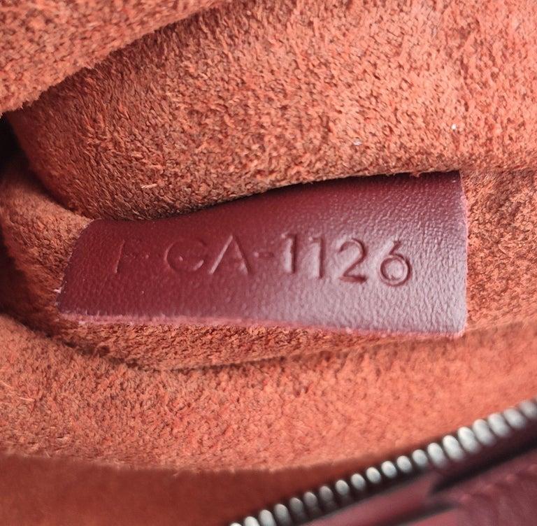 CÉLINE Shoulder bag in Burgundy Leather For Sale 3