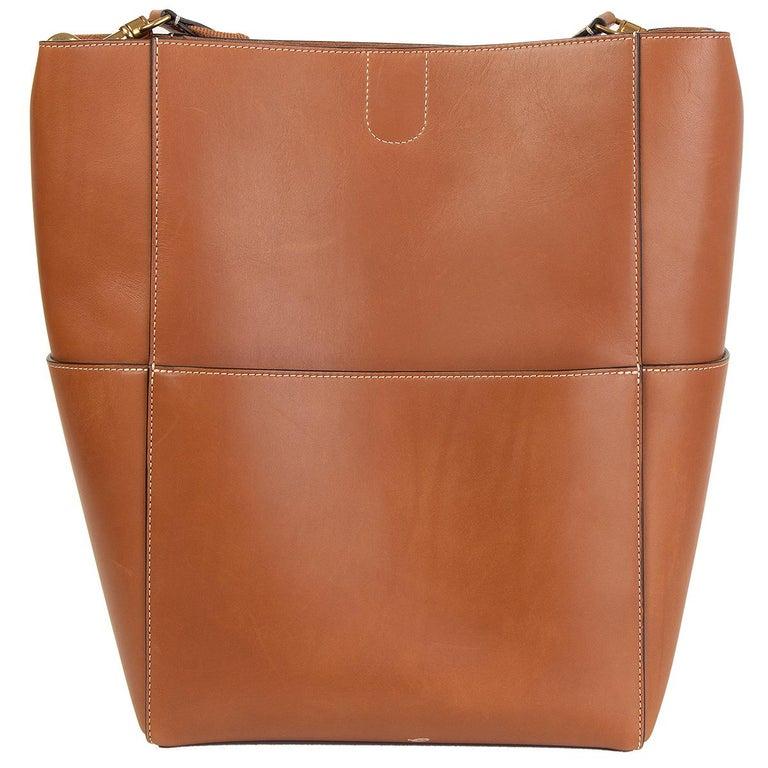 Brown CELINE Tan brown Natural Calfskin leather SANGLE BUCKET Shoulder Bag