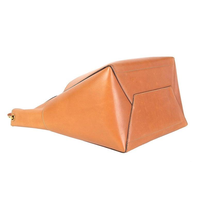 Women's CELINE Tan brown Natural Calfskin leather SANGLE BUCKET Shoulder Bag For Sale