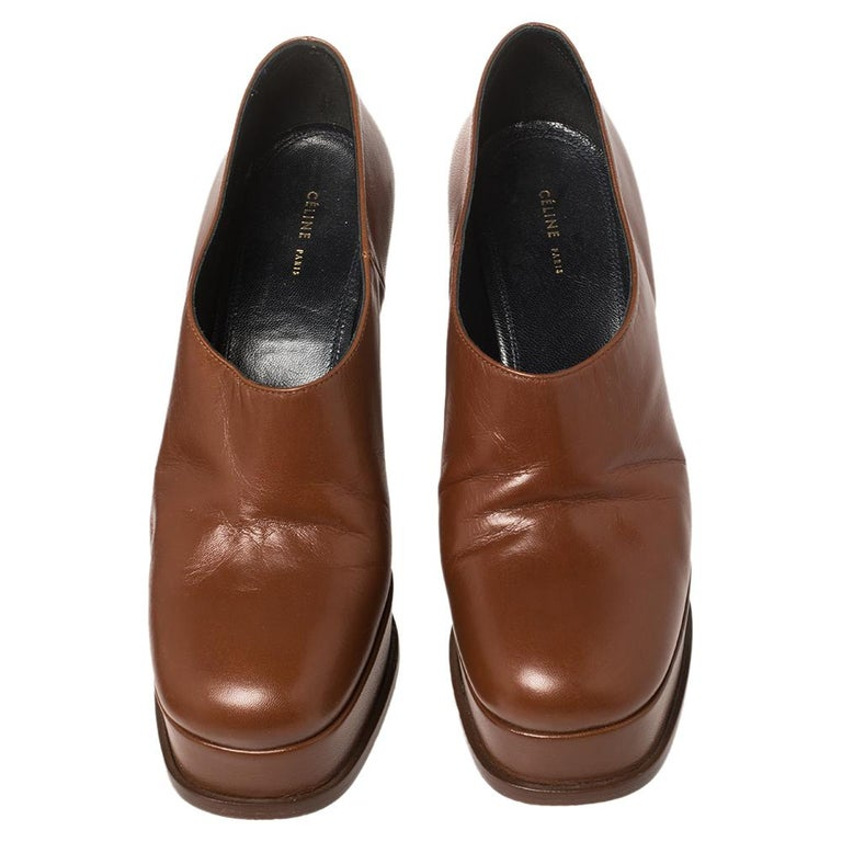 Celine Tan Leather Square Toe Platform Booties Size 37 In Good Condition For Sale In Dubai, Al Qouz 2