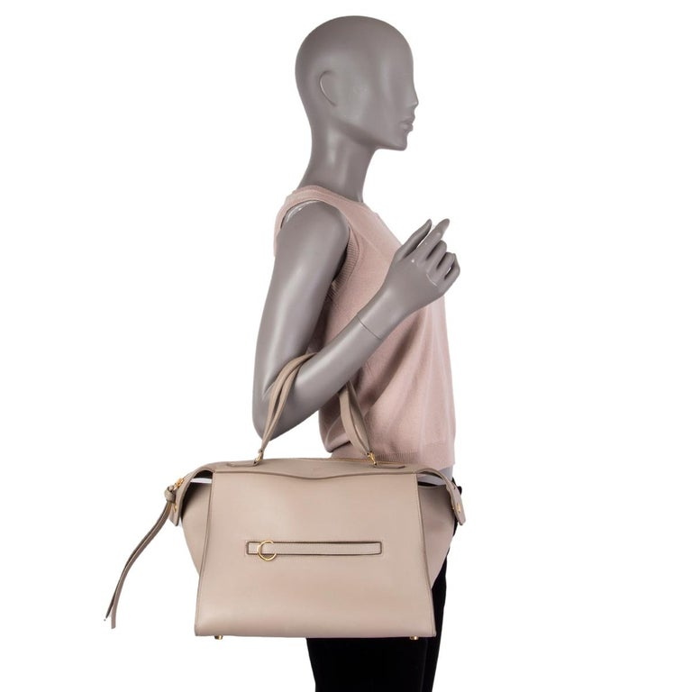 CELINE taupe leather RING Top Handle Bag For Sale 2