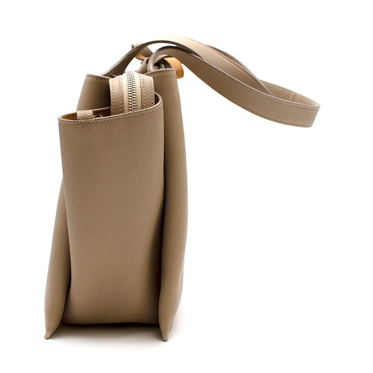 Celine Taupe Leather Tri-Fold Bag  In Good Condition For Sale In London, GB