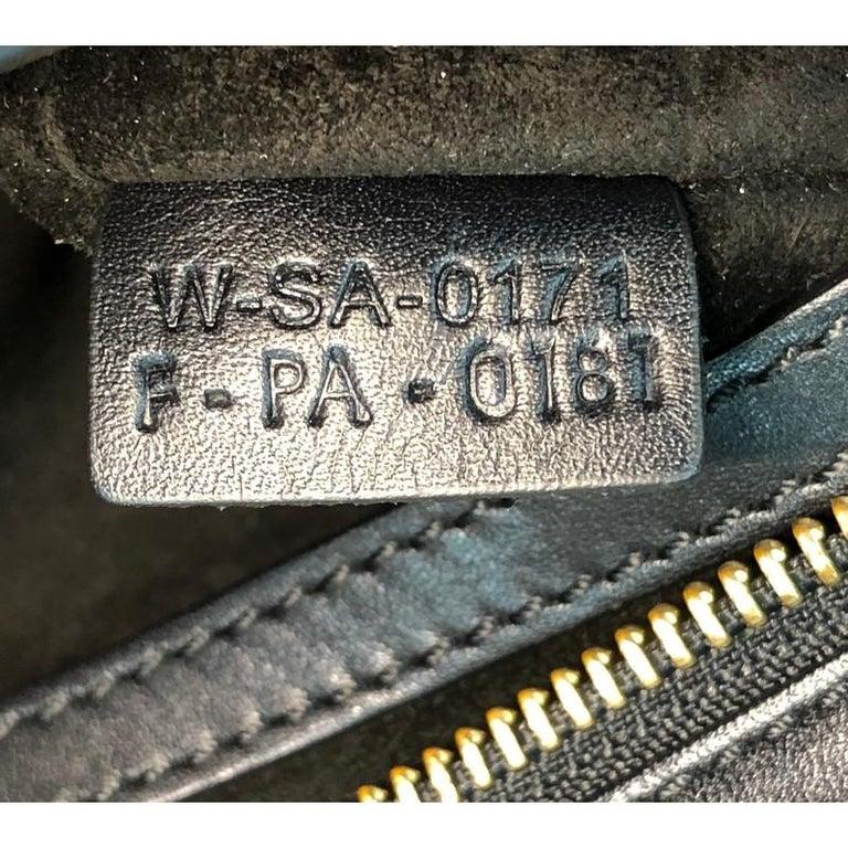 Celine Trapeze Bag Leather Medium For Sale 9
