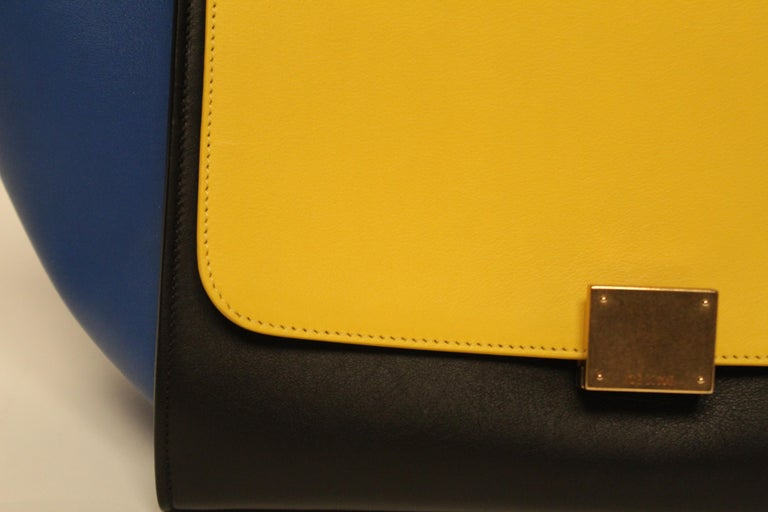 Celine Trapeze Handbag For Sale 2