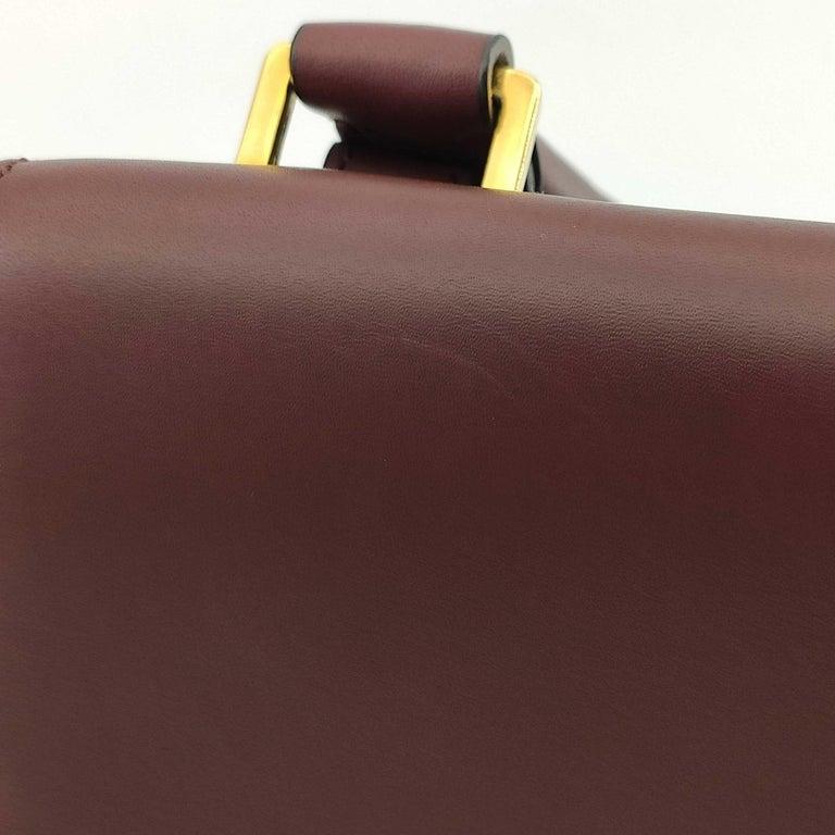 CÉLINE Trapeze Shoulder bag in Burgundy Leather For Sale 5