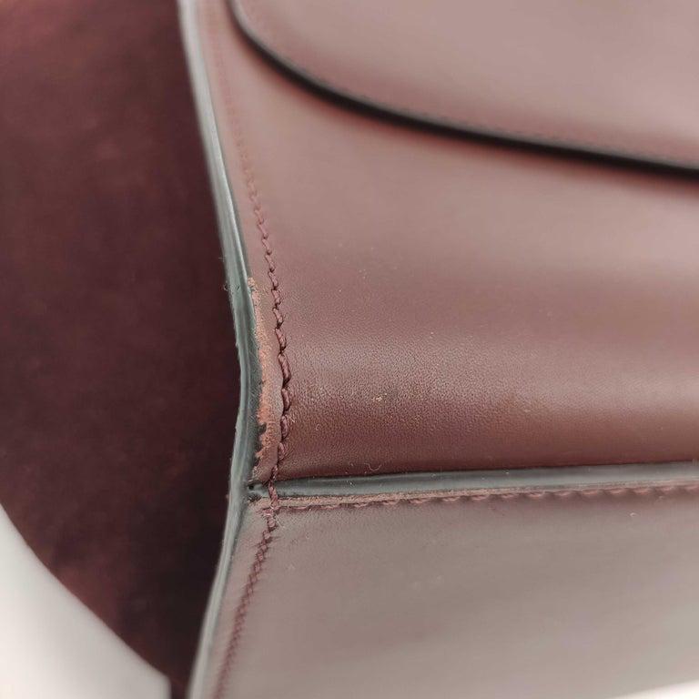 CÉLINE Trapeze Shoulder bag in Burgundy Leather For Sale 8