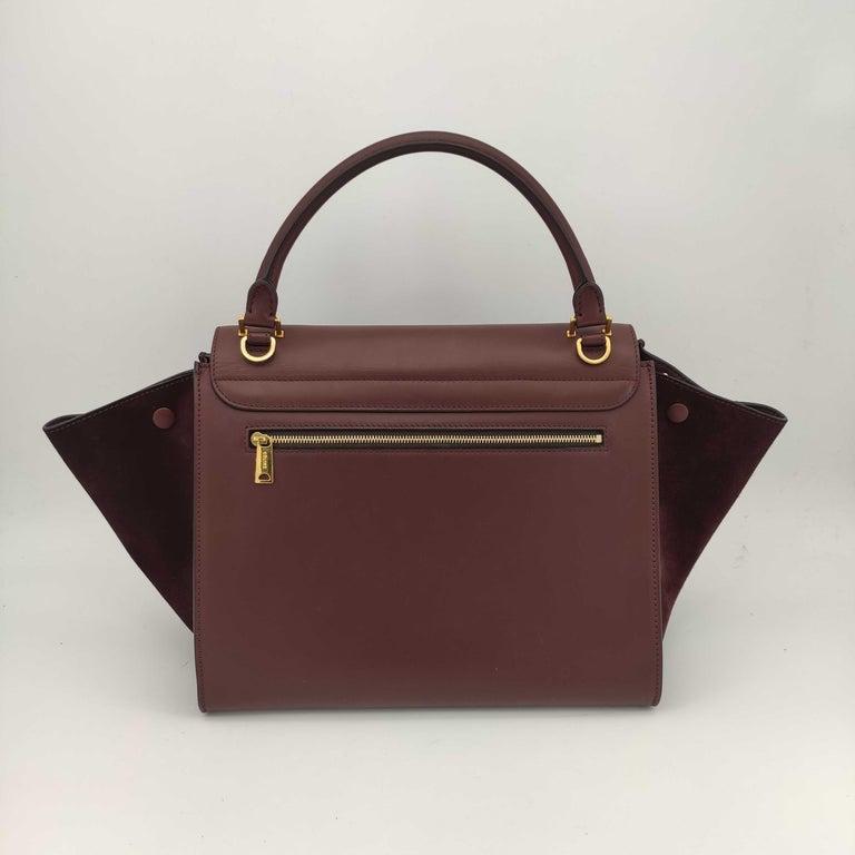 Black CÉLINE Trapeze Shoulder bag in Burgundy Leather For Sale