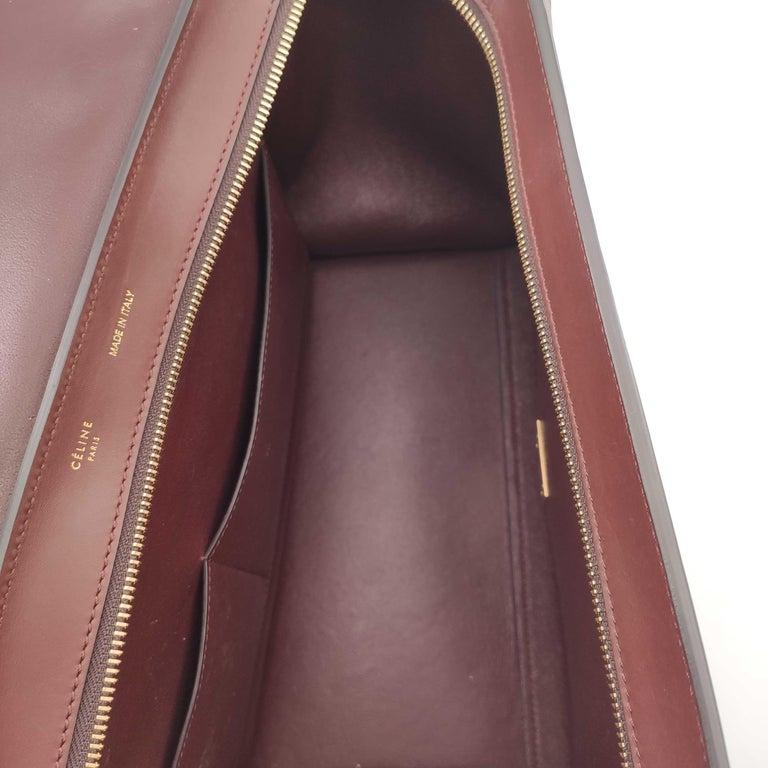 Women's CÉLINE Trapeze Shoulder bag in Burgundy Leather For Sale