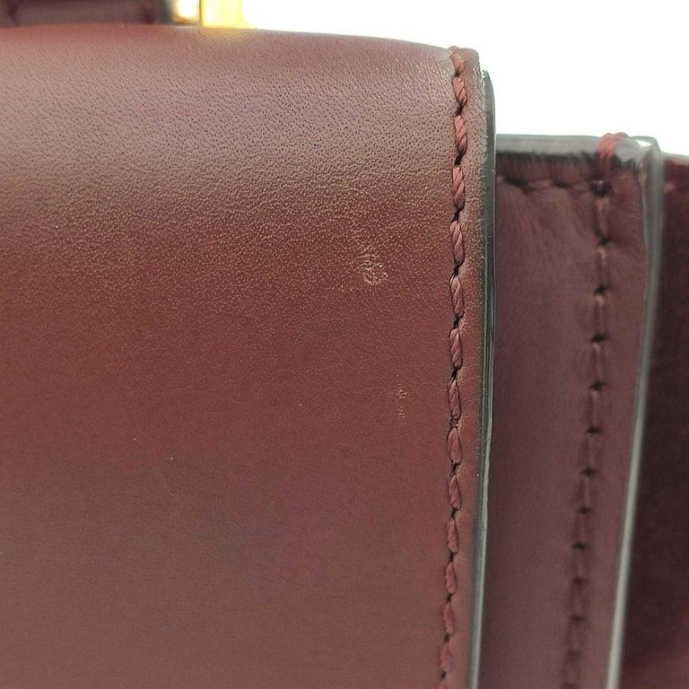 CÉLINE Trapeze Shoulder bag in Burgundy Leather For Sale 4