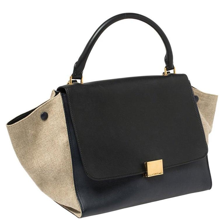 Celine Tri Color Leather and Canvas Medium Trapeze Bag In Good Condition For Sale In Dubai, Al Qouz 2
