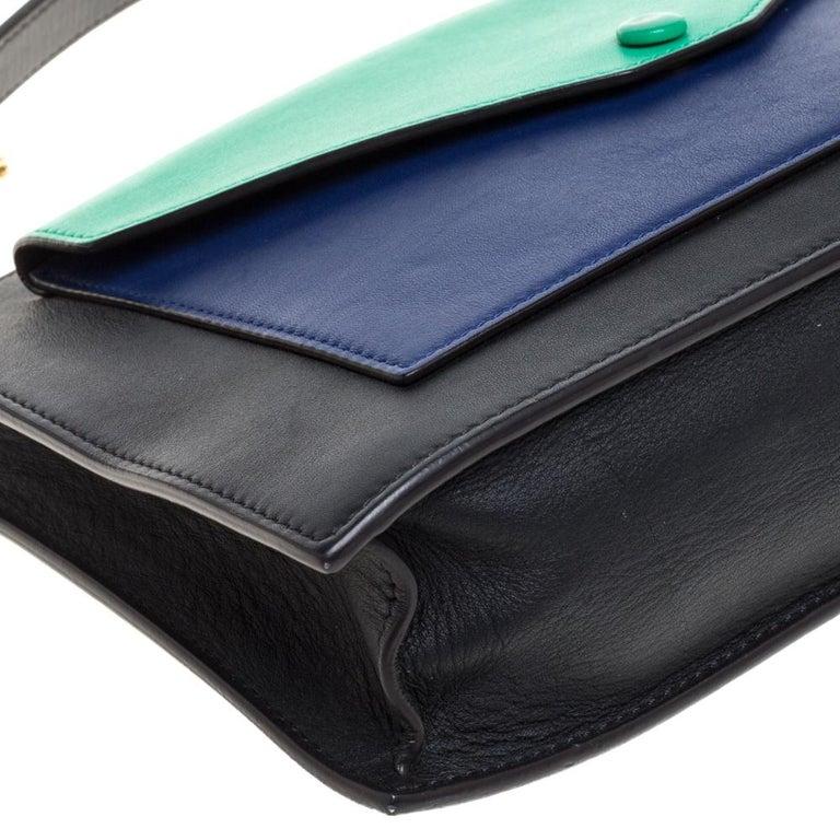 Celine Tri Color Leather Medium Pocket Chain Shoulder Bag For Sale 3