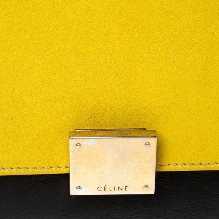 Celine Tri Color Leather Medium Trapeze Bag For Sale 4