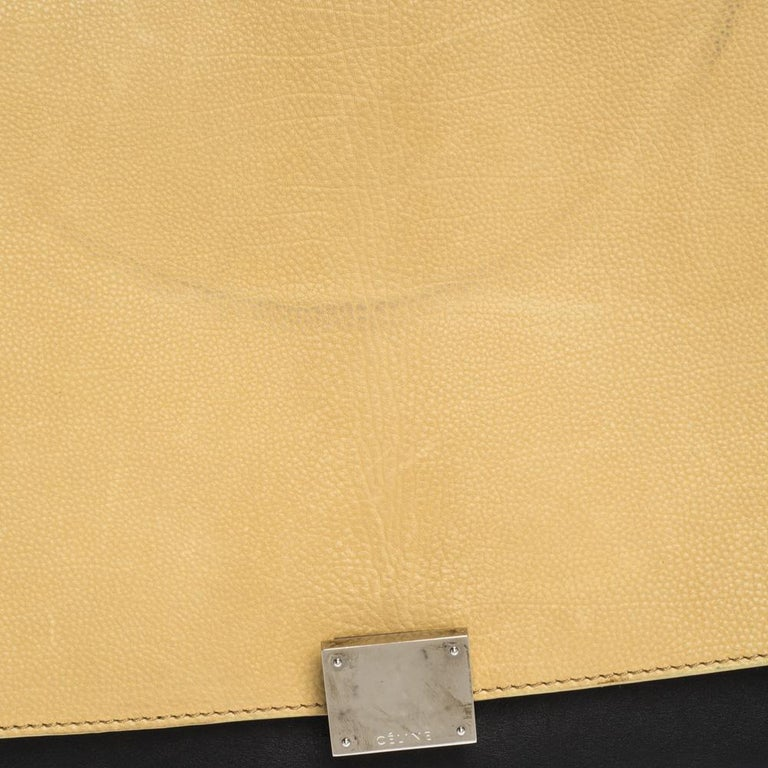 Celine Tri Color Nubuck and Leather Medium Trapeze Bag For Sale 7