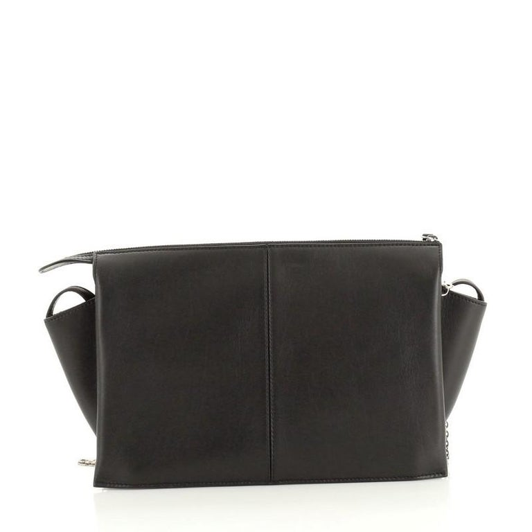 Black Celine Tri-Fold Clutch on Chain Smooth Leather For Sale