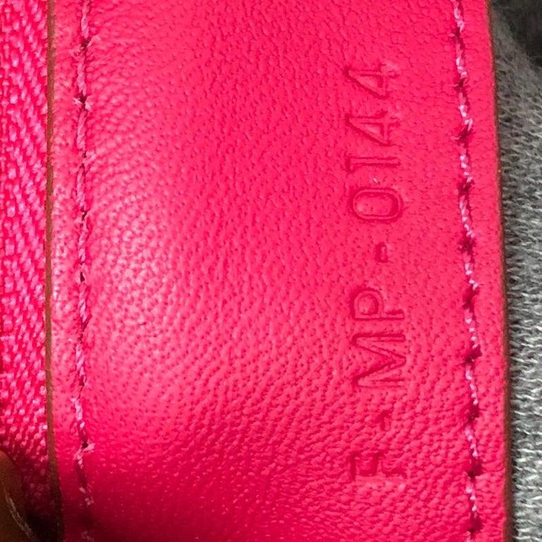 Celine Trio Crossbody Bag Leather Small For Sale 5