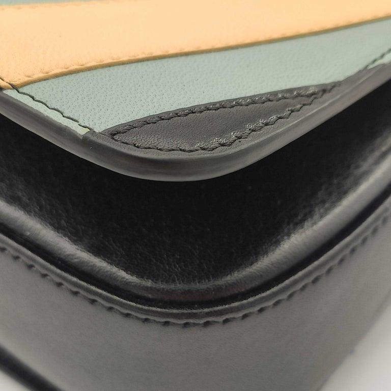 CÉLINE Triomphe Shoulder bag in Multicolour Leather 6