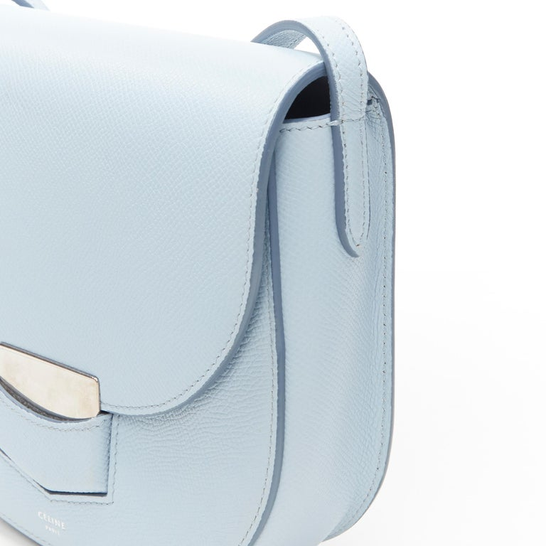 CELINE Trotteur pool light blue leather flap front rounded base  shoulder bag For Sale 3