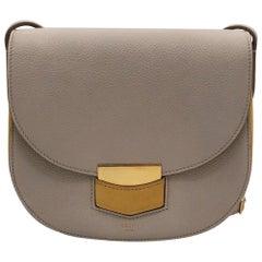 CÉLINE Trotteur Shoulder bag in Beige Leather
