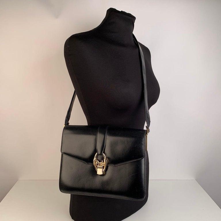 Women's Celine Vintage Black Leather Carriage Shoulder Bag For Sale