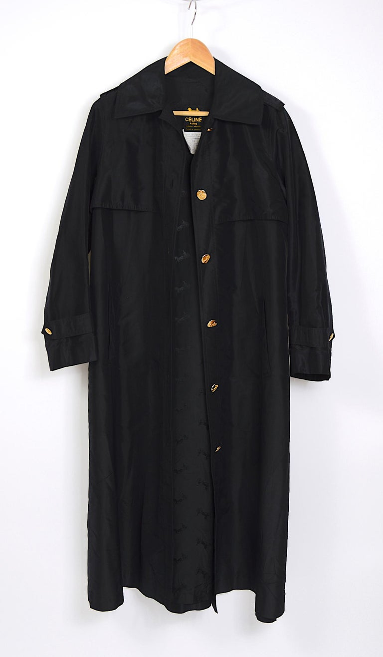 Celine vintage signature gold buttons and black silk crispy taffeta coat In Good Condition For Sale In Antwerp, BE